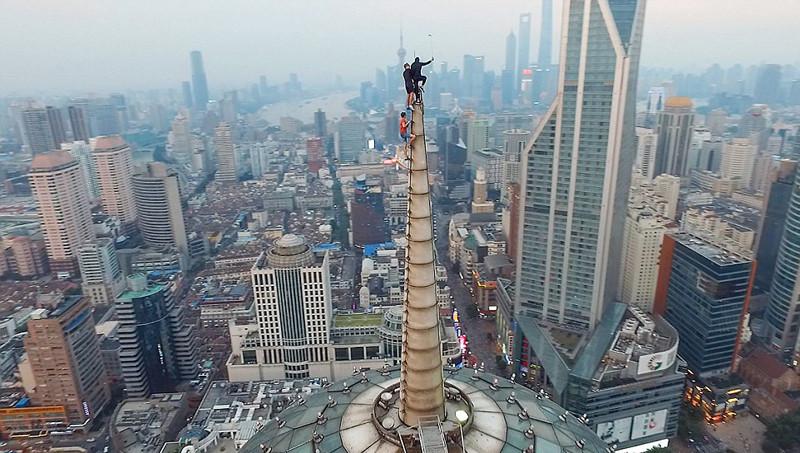 无畏摄影师演绎最危险完美自拍 - 双梅 - 张静华