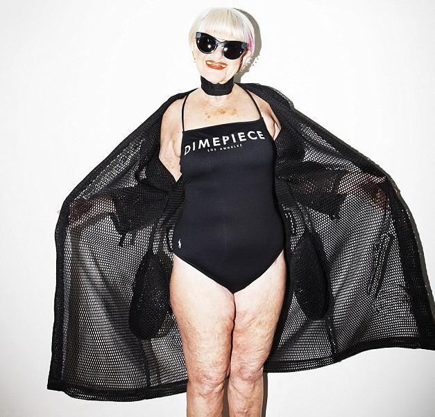 86岁老太当模特走红 幻想自己是妙龄女郎图