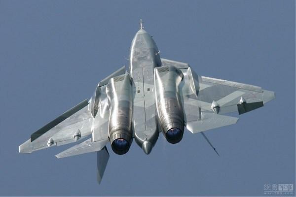 俄罗斯副总理称第七代战斗机研制工作已起步