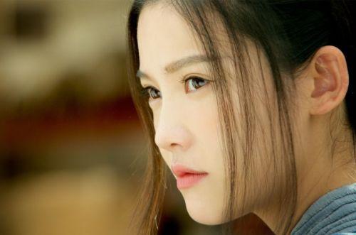 《万万没想到》爆笑上映 杨子姗正义少女欢乐足图片